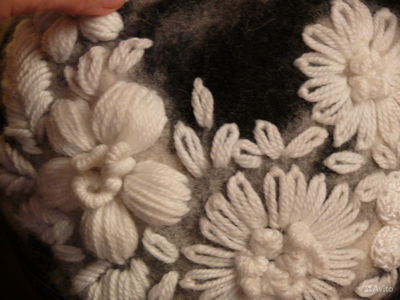 Вышивка толстыми шерстяными нитками на одежде