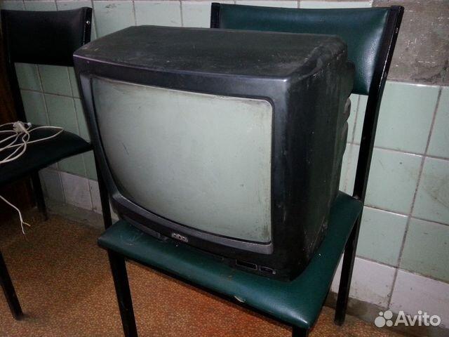 Телевизор на запчасти. akai
