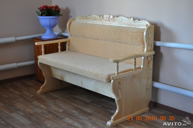 Деревянный диван для кухни своими руками