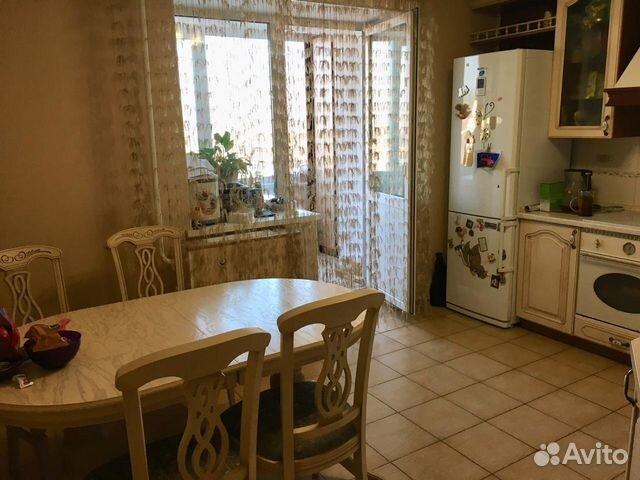 Продается трехкомнатная квартира за 6 350 000 рублей. улица Островского, 75/1.