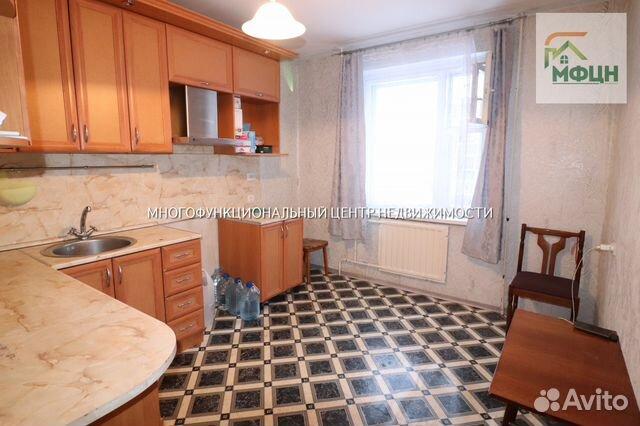 Продается четырехкомнатная квартира за 3 300 000 рублей. Сусанина ул, 4а.
