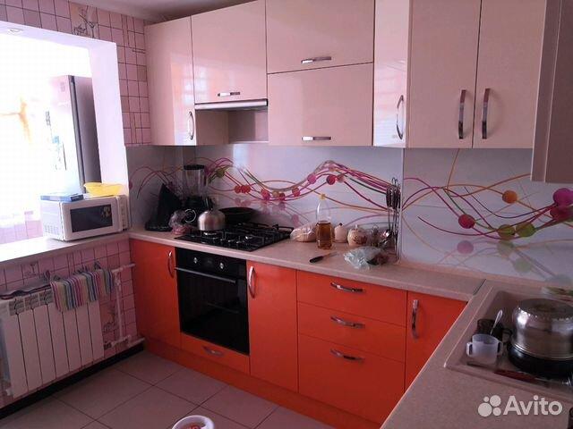 Продается трехкомнатная квартира за 3 600 000 рублей. Новокуйбышевск, Самарская область, улица Дзержинского, 56, подъезд 3.