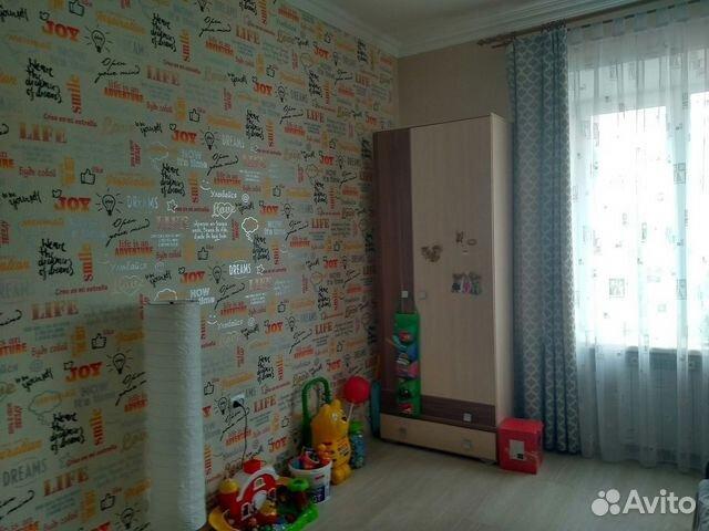 Продается двухкомнатная квартира за 2 200 000 рублей. комсомольская д. 235.