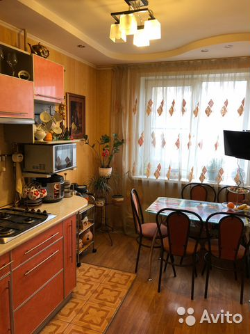 Продается трехкомнатная квартира за 4 350 000 рублей. г Тула, ул Революции, д 35.