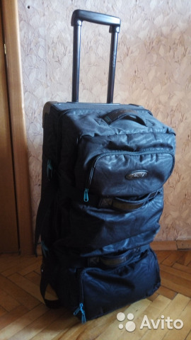 0e97c223a58c Dakine спортивная сумка на колесах купить в Москве на Avito ...