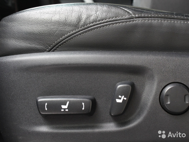 Купить Toyota Land Cruiser пробег 93 500.00 км 2015 год выпуска