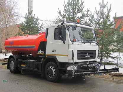 Дорожно-комбинированная машина Коммаш (Мценск) ко