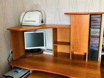 Компьютерный стол. Без оборудования и дисков. Само