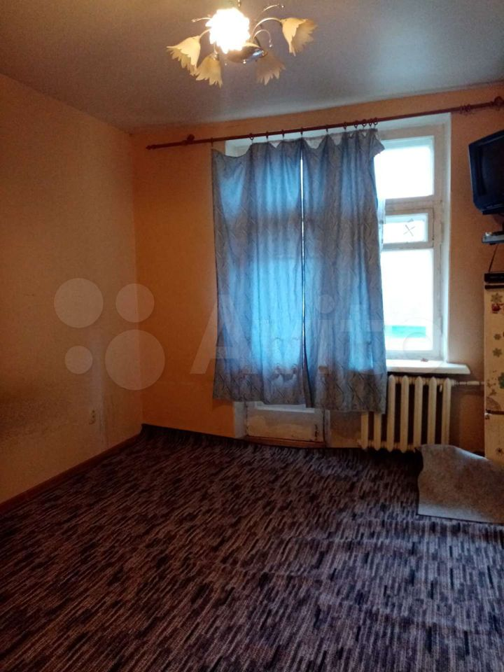 Комната 13 м² в 4-к, 3/5 эт.  89616991837 купить 1