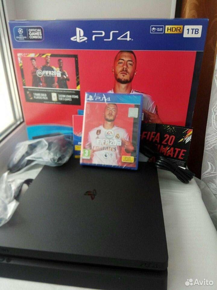 Новая PS4 PlayStation + Игра fifa 20