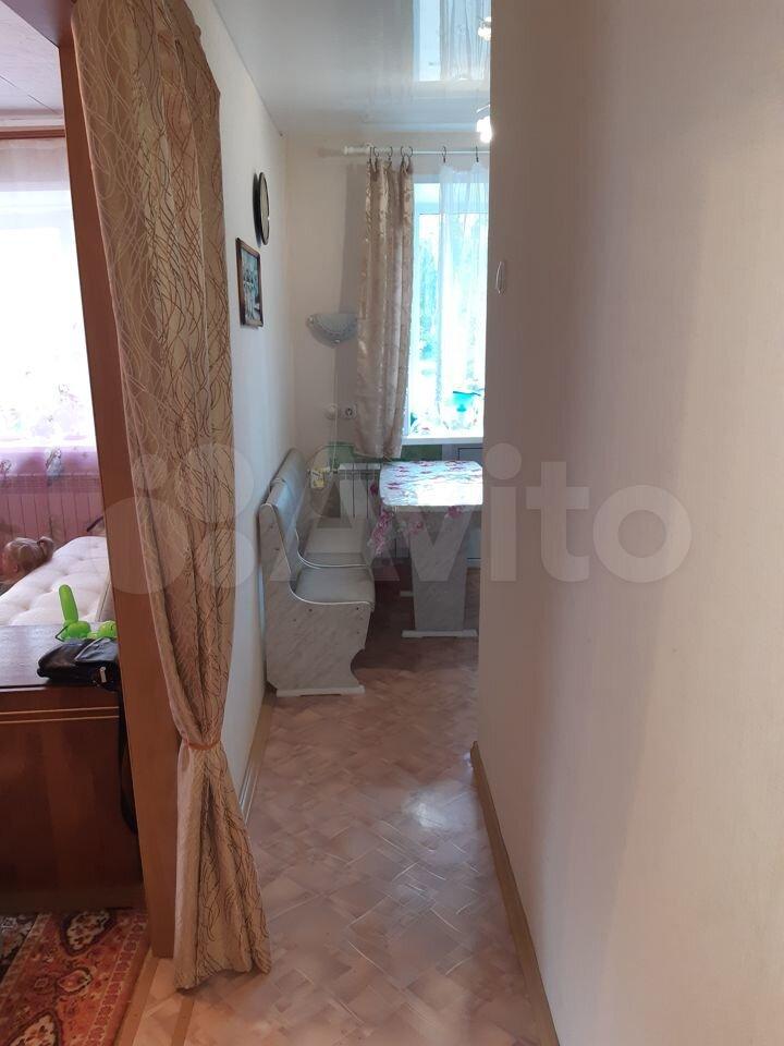 1-к квартира, 30 м², 2/5 эт.  89038240077 купить 3